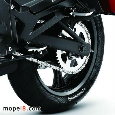 2014款春风摩托车650NK