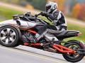 2015款庞巴迪F3三轮摩托车 霸气侧漏的巨兽