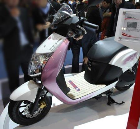 五羊本田新能源摩托车净原V2