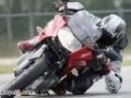 驾驶摩托车磨膝过弯需要知道的一切
