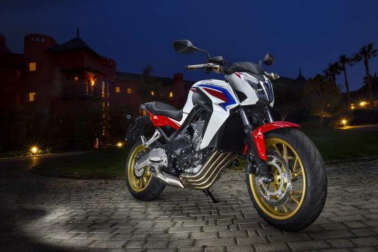本田CB650F摩托车海报图