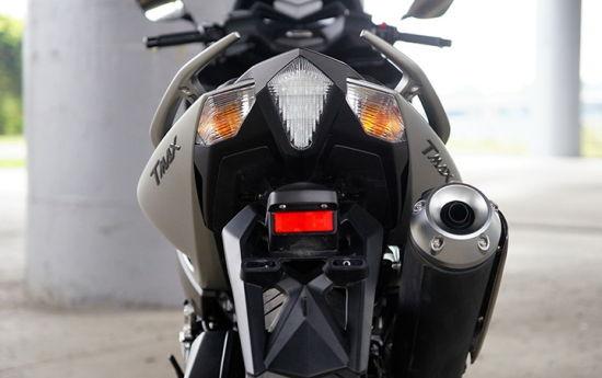 2015款雅马哈TMAX 530 ABS 摩托车测评