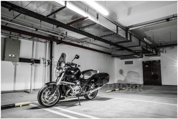 2008款BMW R1200R宝马摩托车