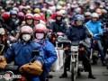 春运首日 摩托车大军踏上返乡路